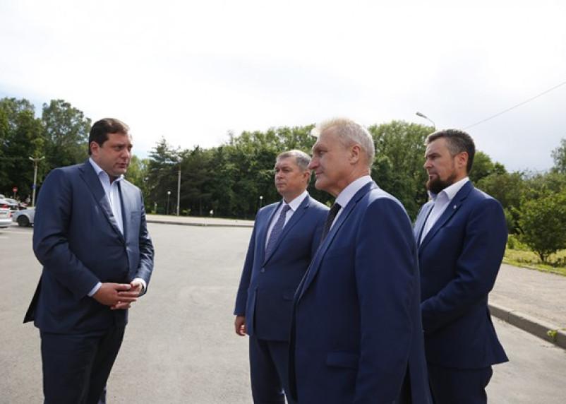 Идея губернатора Островского может перевернуть дорожную отрасль