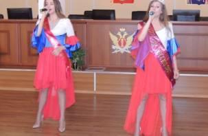 Финалистка «Миссис Россия-2017» спела в Смоленске для работников УФСИН