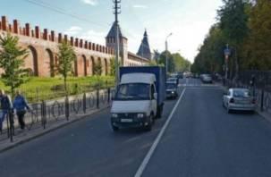 На двух улицах Смоленска ограничено движение транспорта