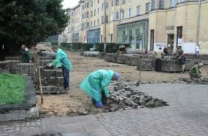 В Смоленске благоустраивают городские скверы