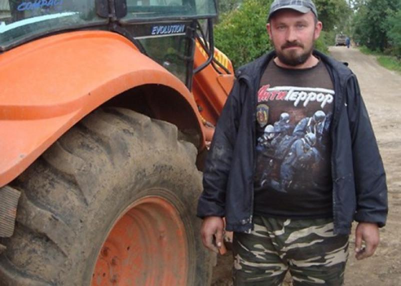 Смоленский тракторист спас тонущего мальчика из холодной реки
