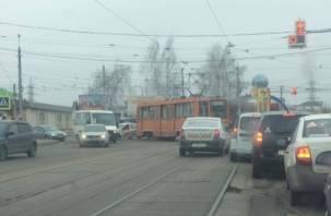 В Смоленске трамваи планируют «оградить» от автомобилей