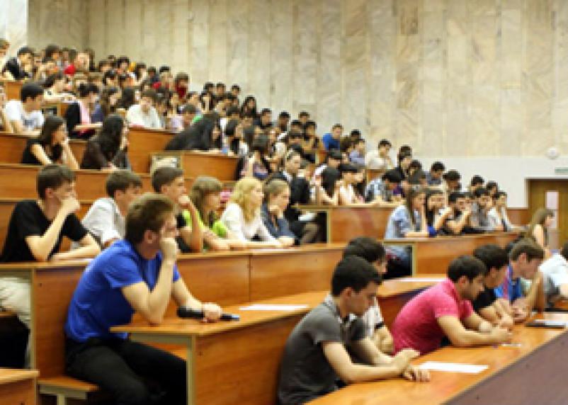 На Смоленщине нашли проблемы с качеством высшего образования
