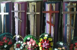 Хозяин смоленского ритуального магазина насмерть забил приятеля крестом