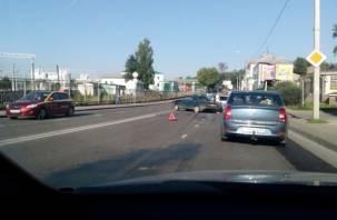 В Смоленске ДТП с двумя авто собрало утреннюю пробку