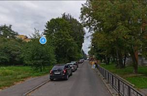 В Смоленске перекрыли улицу 2-я линия Красноармейской Слободы