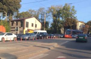 В Смоленске трамваи начали отделять от автомобилей