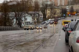 С Пятницкого путепровода в Смоленске убрали «преграды» для автохамов