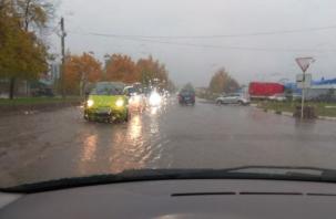 После проливного дождя Смоленск «поплыл»