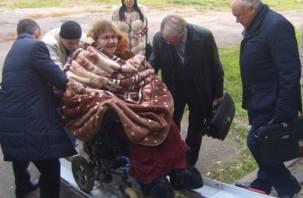 В Смоленской области продолжается позорный суд над женщиной-инвалидом, которая помогла беженцам из Донбасса