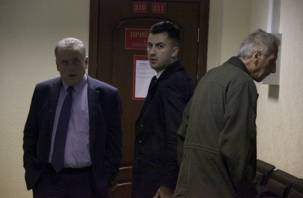 Прокурор затребовал по четыре года колонии для смоленских гаишников