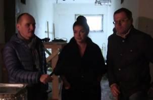 Журналисты проникли в строящийся перинатальный центр в Смоленске