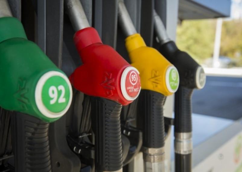 На каких АЗС в Смоленске подорожал бензин