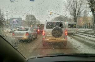 Смоленские коммунальщики не справились с первым снегом