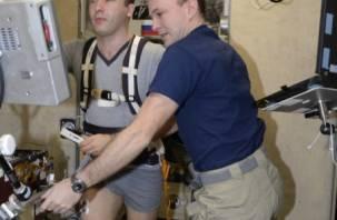 Смоленский космонавт изучал мускулатуру человека в полете