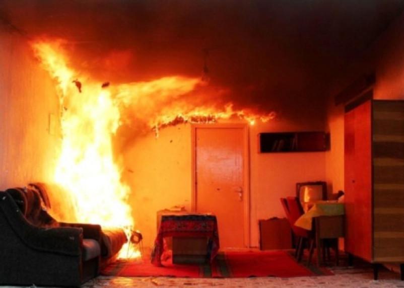 В Рославле в своей квартире заживо сгорела женщина