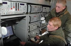 Смоленские военнослужащие получили новый комплекс связи «Переселенец»