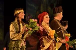 В Смоленске с успехом прошли гастроли русского театра из Азербайджана