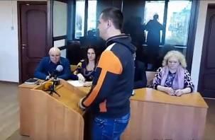 «Виновным себя не считаю»: смоленские гаишники сказали последнее слово в суде