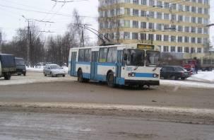 Из-за ремонта на улице Шевченко смоляне не могут уехать в центр