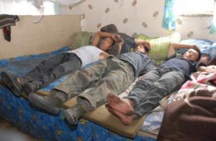 В Краснинском районе женщина прописала 150 иностранцев