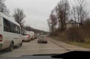 Дорожный ремонт «остановил» Верхний Волок в Смоленске