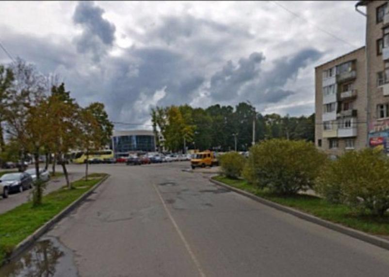 Возле Реадовского парка ограничат проезд автомобилей