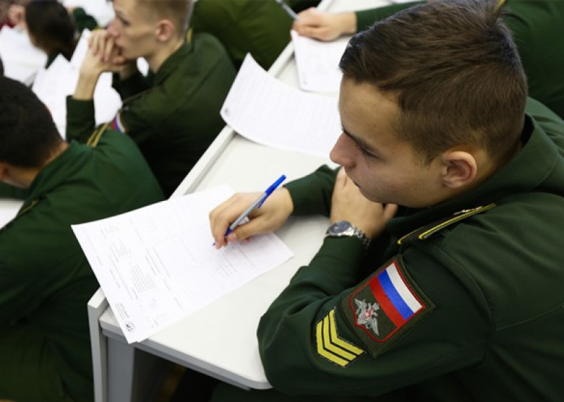На Смоленщине начался отбор кандидатов на поступление в военные вузы