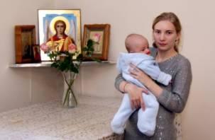 Недетские проблемы юной смоленской матери-одиночки