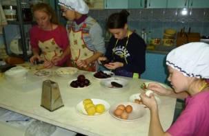 Воспитанницы детского дома в Смоленске живут без холодильника