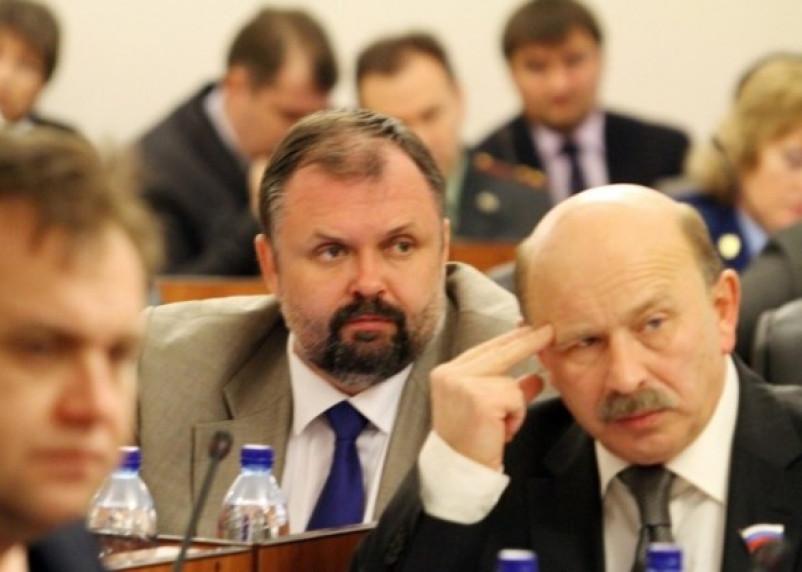 В Смоленской областной думе посчитали ущерб от урезания социальных выплат