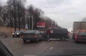 В Смоленске авария на рельсах заблокировала путь трамваям в Заднепровье