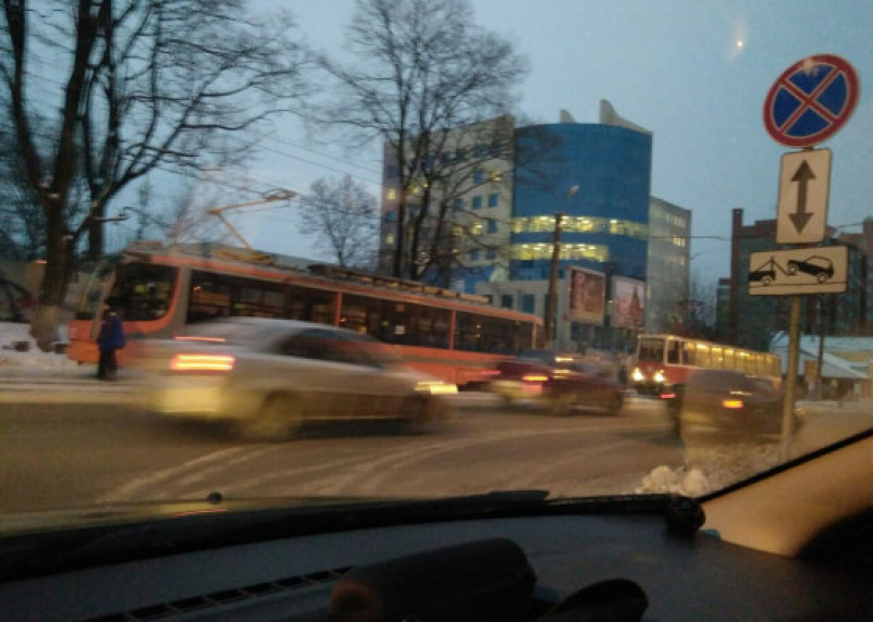 Авария в центре Смоленска «остановила» трамваи