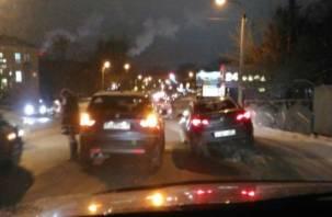ДТП в Заднепровье затрудняет движение в сторону Колхозной площади