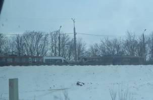 Авария на мосту в Смоленске собрала «паровоз» из трамваев