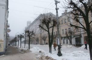 Смолянин упал с крыши в центре города