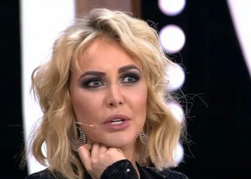 Маша Малиновская «сдула» губы и рассказала Малахову зачем ездила в Смоленск