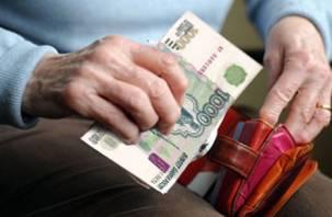 Смоленскаяпенсионерка отдала все деньги мошеннику за «спасение» сына