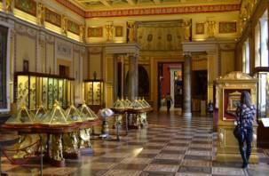 В Питере увидят ордена Российской империи, отреставрированные смоленским «Кристаллом»
