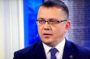 Известный смоленский историк Владислав Кононов судил умников и умниц на Первом канале