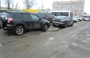 Эксперты ОНФ требуют дорожного ремонта на площади Желябова в Смоленске