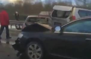 Возросло число автомобилей, попавших в массовое ДТП в Смоленской области