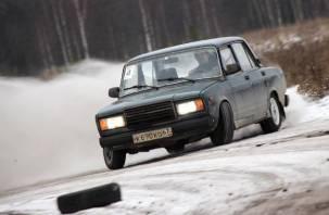 На Смоленщине прошли зимние автогонки