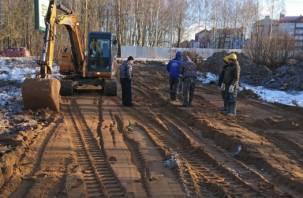 Наглость и безнаказанность: в Смоленске начали строительство в лесопитомнике