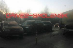 Коварный гололёд? В Смоленской области на трассе М1 смяло 12 автомобилей
