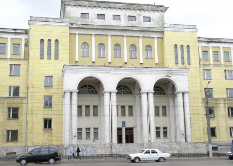 70 тысяч рублей за зачет. Отец студентки ответит за взятку сотруднику медуниверситета
