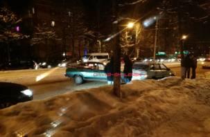 В Смоленске движение транспорта в центр полностью остановлено