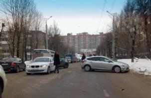 Появилось видео последствий массовой аварии в Смоленске