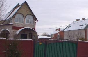 В Смоленском районе вор сломал пятки после побега из окна