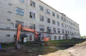 Из федерального бюджета оплатят разборку зданий «Еврогласс» в Смоленской области